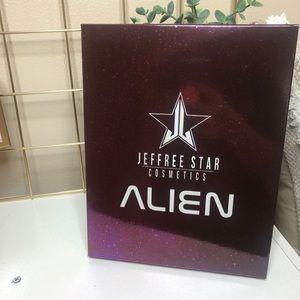 Jeffree Star Brand New Alien Palette